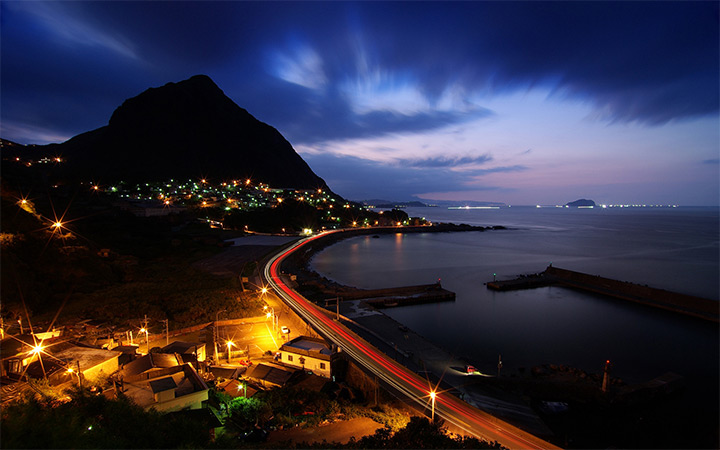 curve taiwan night time photo wallpaper