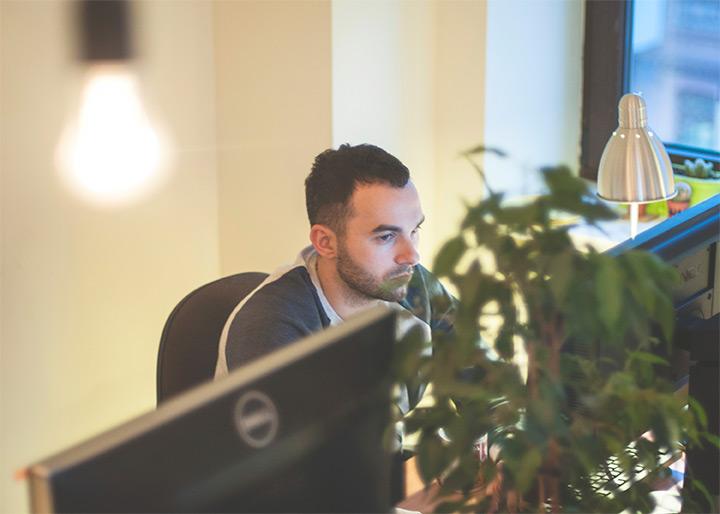 arthur avakyan designer desk tubik